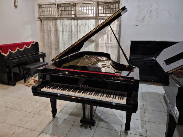 PIANO GRAND YAMAHA B C7 HITAM