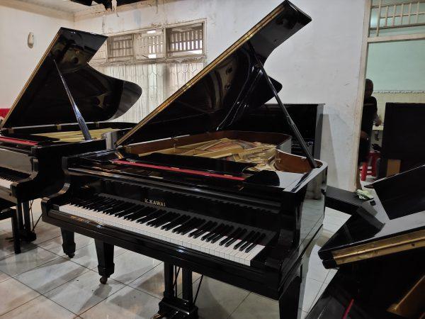 PIANO GRAND K.KAWAI KG7-C