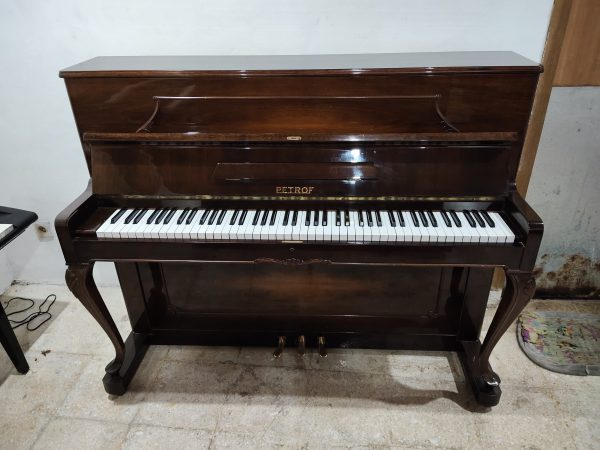 PIANO PETROF ANTIK MADE IN CHEKO