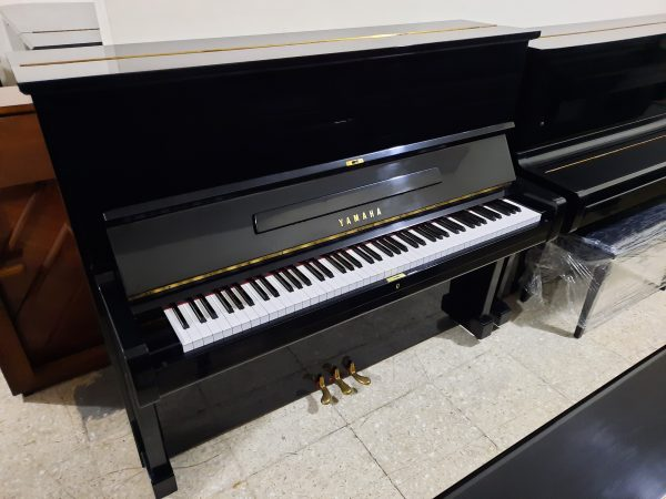 Piano Yamaha U2 Nippon Gakki Black