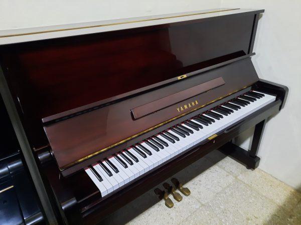 Piano Yamaha U1 M